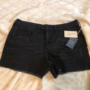 Universal Thread High-Rise Black Midi Shorts